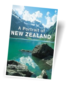 A Portrait of New Zealand - by Warren Jacobs (Author, Photographer), Jill Worrall (Author)